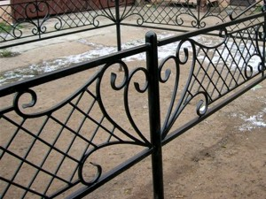 металлическая ритуальная оградка