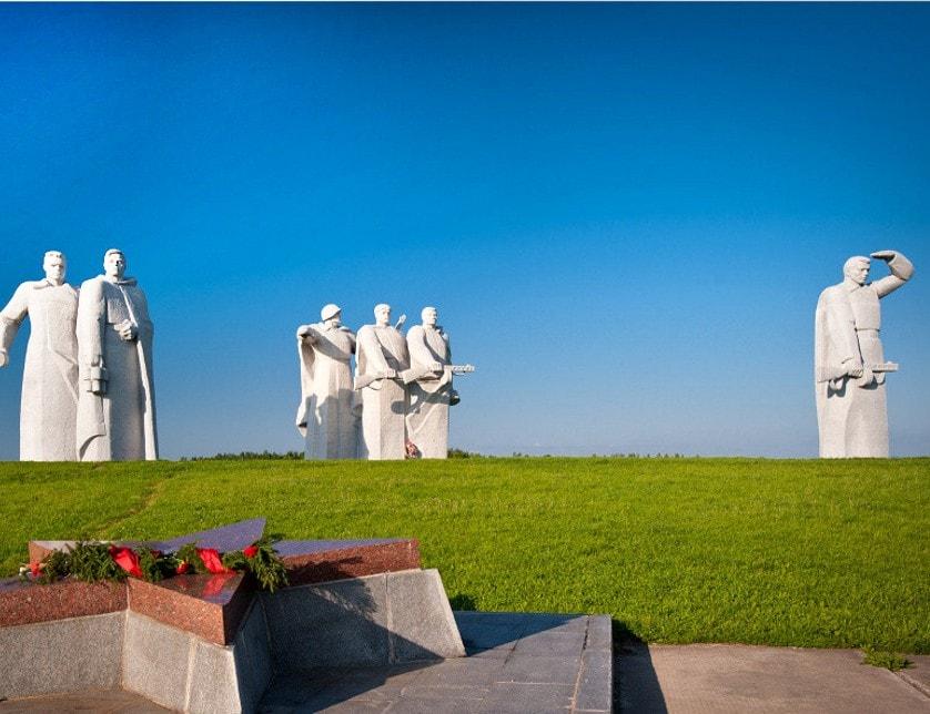 Памятник панфиловцам в волоколамске фото
